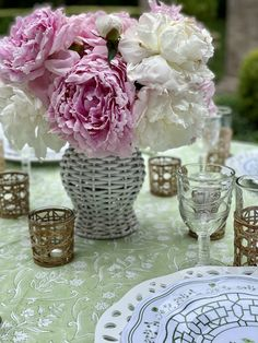 Enchanted Home, Good Morning Friends, Love Flowers, Say Hello, Summer Fun, Tablescapes, Orchids, Bloom, Table Decorations
