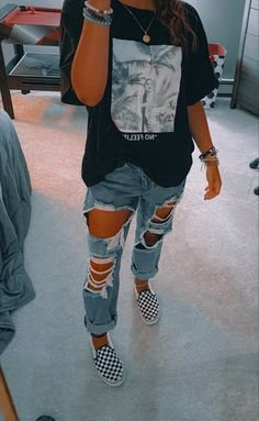 Trendy Fall Outfits, Casual School Outfits, Cute Lazy Outfits, Stylish Outfits, Teen Winter Outfits, Popular Outfits, Fall Tomboy Outfits, Simple Outfits, Summer School Outfits
