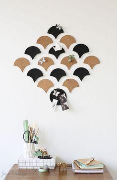 DIY: un panneau mural esthétique et utile, simple à réaliser! En quelques minutes créez un panneau d'épinglage en harmonie avec votre intérieur et modulable à l'infini...