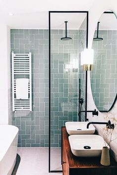 Kardashian Home Interior You can still use some cool Small Bathroom Design Ideas like the ones listed below. Home Interior You can still use some cool Small Bathroom Design Ideas like the ones listed below. Modern Bathroom Design, Bathroom Interior Design, Minimal Bathroom, Restroom Design, Bathroom Tile Designs, Shower Designs, Modern Bathrooms, Interior Modern, Bathroom Renos