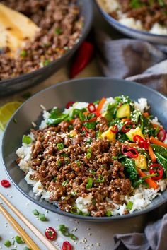 Korean Beef Bowls - Super fast and seriously delicious cheater Korean Beef Bowls! Perfectly seasoned and ready in 20 minutes. A recipe definitely worthy of your dinner rotation! Quick Ground Beef Recipes, Healthy Ground Beef, Cooking With Ground Beef, Healthy Beef Recipes, Asian Recipes, Minced Beef Recipes Easy, Ground Beef Stir Fry, Korean Ground Beef, Ground Chicken Recipes