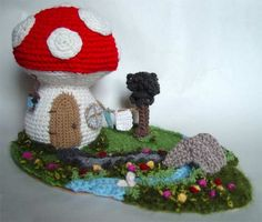 Crochet Mushroom House!!