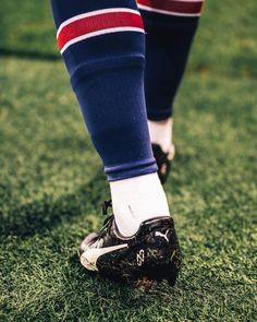 Soccer Memes, Football Quotes, Neymar Football, Neymar Jr, Soccer Boots, Soccer Cleats, Ronaldo Real Madrid, Soccer Pictures, Everton Fc