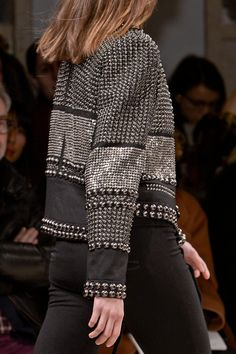 Isabel Marant Fall 2013 RTW Collection - Fashion on TheCut http://www.treschicnow.com/fashion/fashion-finds/2013/03/isabel-marant-pfw-fall-2013.html