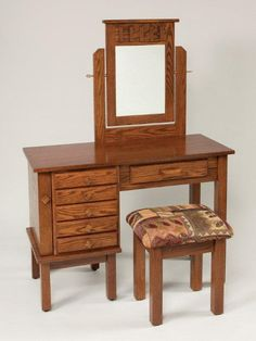 Amish Mission Jewelry Dressing Table with Mirror