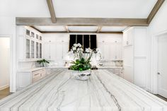 The pros and cons of using marble in the kitchen are often confused and misinterpreted, therefore the Aria Stone Gallery team is here to provide the facts you need before making this big decision. Marble Countertops Cost, Marble Kitchen Counters, White Marble Kitchen, Outdoor Kitchen Countertops, Stone Countertops, Painting Countertops, Gold Kitchen, White Kitchens, Kitchen Island