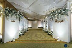 24 Creative Wedding Entrance Walkway Decor Ideas - weddingtopia Informations Ab. Wedding Backdrop Design, Wedding Stage Design, Wedding Stage Decorations, Wedding Props, Backdrop Decorations, Backdrops, Wedding Entrance, Entrance Decor, Entrance Ideas