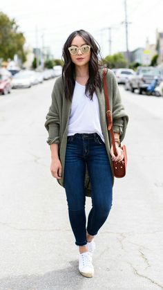 If the cardi was slightly less baggy/slouchy, I'd be all over this entire outfit every.single.day.
