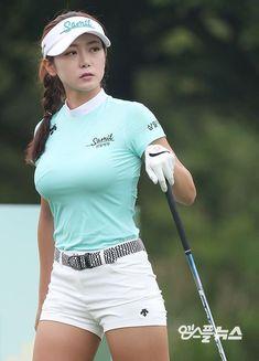 Girls Golf, Ladies Golf, Girl Golf Outfit, Sexy Golf, Sporty Girls, Beautiful Asian Women, Sexy Asian Girls, Female Athletes, Sports Women