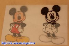 step by step how to pass the image of Mickey on the cake