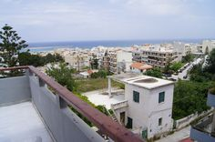 Apartment for sale in Crete Rethymnon, enjoying uninterrupted views to the whole city of Rethymnon and the sun Crete has to offer…