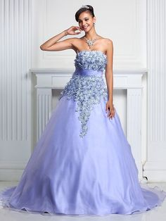 Prom / Formal Evening / Quinceanera / Sweet 16 Dress - Lavender Plus Sizes / Petite A-line / Ball Gown Strapless Court Train Organza - USD $ 189.99