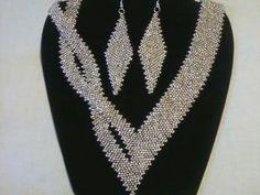 Sliver glass seed bead diagonal peyote stitch with a twist!