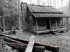 Picture of old cabin in TN
