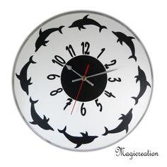 commande horloge la ronde des dauphins - Boutique www.magicreation.fr Clock, Boutique, Decor, Wall Clocks, Dolphins, Watch, Decoration, Clocks, Decorating