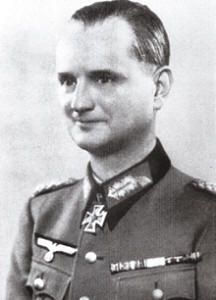 General der Kavallerie Carl-Erik Koehler (3 December 1895 – 8 December 1958) Knight's Cross of the Iron Cross on 4 May 1944 as Generalleutnant and commander of 306. Infanterie-Division
