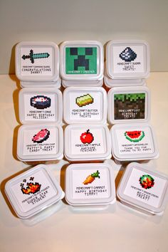 10 Pack - Minecraft Party Favor Candy Boxes with Your Choice of a Minecraft Item Image
