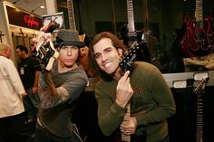 Behind the scenes Steel Panther - Russ Parrish & Travis Haley