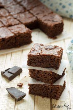 Brownies ricetta originale al cioccolato fondente facile e veloce ricetta Dulcisss in forno by Leyla