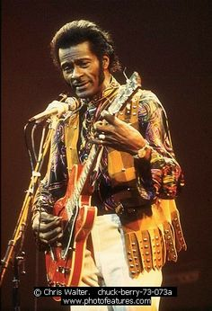 Chuck Berry - We can never forget the legends who started it all! Rock Roll, Soul Music, My Music, Charles Edward, 60s Rock, Missouri, Chuck Berry, Boogie Woogie, Music Film