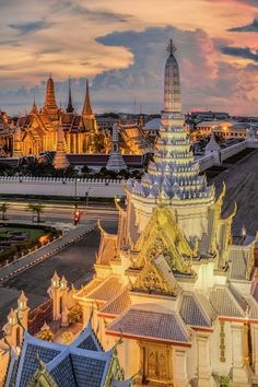 The Temple of the Emerald Buddha @the Grand Palace, Bangkok, Thailand