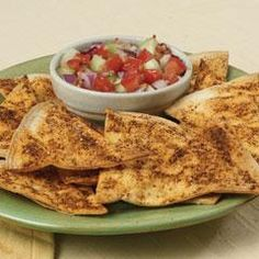 These chips are really good and quick & easy to make. I tried both flour and corn tortillas and actually like the corn better. For corn, cook a couple minutes longer Finger Food Appetizers, Appetizer Recipes, Snack Recipes, Cooking Recipes, Finger Foods, Sweet Potato Quesadilla, Fiber Snacks, Game Day Food, Tortilla Chips