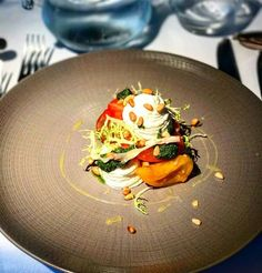Repost @tomparkerofficial  Lovely Tomato salad to start with @being_kelsey @chapteronekent  #tomparker #celebrity #music #musicartist #singer #musician #food #foodporn #chapterone http://tipsrazzi.com/ipost/1524717497301891392/?code=BUo4nxJgHlA