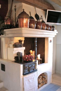 Love your houses – Fireplace Ideas 2020 Decor, Retro Home Decor, Furniture Design Modern, Love Your Home, Scandinavian Home, Swedish Decor, Kitchen Fireplace, Rustic Kitchen, Outdoor Kitchen