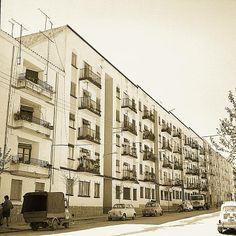 Avenida Barcelona. https://www.facebook.com/pages/Jaen-ayer-y-hoy/327383994035288