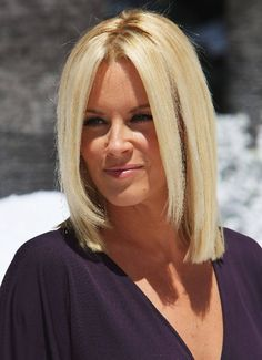 Google Image Result for http://www.bob-haircuts.net/wp-content/uploads/2012/01/Jenny-McCarthy-hairstyle.jpg