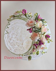 Easter wreath yourself do sew Easter Bunny Beautiful arrangement of flowers. Unique Weddings Idea presentation 3453341924 Excellent pointer to organize a fantastic simple weddings ideas super splendid weddings suggestions posted on this Easter Crafts, Diy And Crafts, Christmas Crafts, Crafts For Kids, Arts And Crafts, Christmas Decorations, Christmas Ornaments, Clay Flowers, Paper Flowers