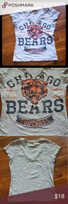 CHICAGO BEARS TEE Great condition! Only worn a few times.   *no stains, holes or pilling!*  **not Nike brand** *Tshirt only!* Nike Tops