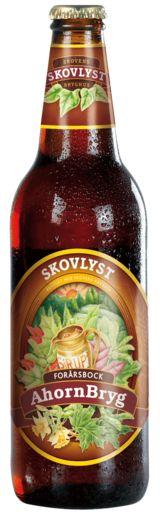 AhornBryg | En tysk øltype, som har sin oprindelse i byen Einbeck i det nordlige Tyskland. I det tidlige forår brygges denne komplekse øltype, som mest af alt minder om en dansk påskebryg, men alligevel er lang fra. Det er en meget fyldig øl, hvor der er brugt store mængder af forskellige typer karamelmalte, som bl.a. bidrager til at øllet får en sødlig karaktér og en flot mørkgylden farve. Der er endvidere tilsat ahornsirup, som sammen med mængden af karamelmalte, understreger den lidt…