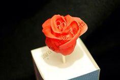 Valentines day rose cakepop #laraslittletreats #cakepop #valentines