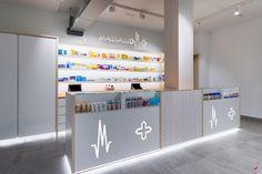 Massalud Pharmacy by Marketing-Jazz, Massamagrell – Spain Design Exterior, Shop Interior Design, Visual Merchandising, Pharmacy Store, Drug Store, Clinic Design, Healthcare Design, Retail Store Design, Retail Space