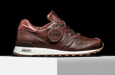New Balance 1300 Bespoke Horween. The New Balance 1300 Bespoke Horween features Brown rich Horween leather through the base and tongue. Retro Sneakers, Casual Sneakers, Casual Shoes, Brown Leather Sneakers, Leather Shoes, Mens Fashion Shoes, Sneakers Fashion, Me Too Shoes, Men's Shoes