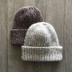 Half price on Grayson Hat this weekend. No coupon needed. Let's make some Grayson Hats! Knitting Yarn, Knitting Patterns, Crochet Patterns, Beanie Pattern Free, Free Pattern, Half Gloves, Autumn Winter Fashion, Winter Style, Knitted Hats