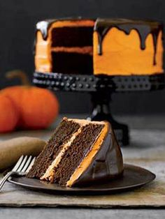 halloween decorations | Best Halloween Craft Ideas - Easy Halloween Crafts - Country Living