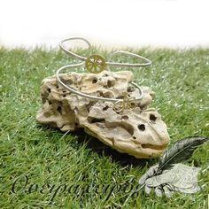 Πρωτότυπο βραχιόλι χειροπέδα με μικρό χειροποίητο ποδήλατο Garden Sculpture, Outdoor Decor