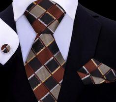 Men's Pocket Squares, Tie And Pocket Square, Sharp Dressed Man, Well Dressed Men, Tie A Necktie, Silk Ties, Bow Ties, Gold Light, Tie Set