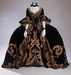 """Adrian costume design for """"Marie Antoinette,"""" 1936."""