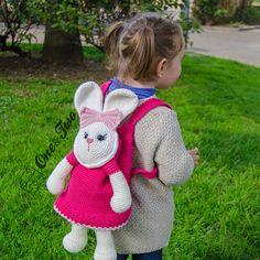 Olivia the Bunny Backpack PDF Crochet Pattern par oneandtwocompany