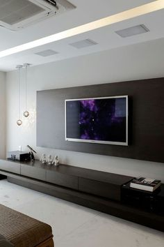 Epic TV wall with pendants
