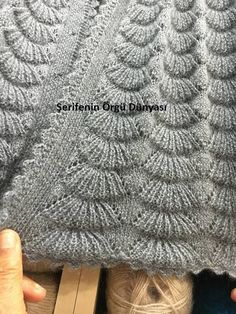 Turkish broom model Source by epriimgi Lace Knitting, Baby Knitting Patterns, Knitting Stitches, Stitch Patterns, Knit Crochet, Crochet Patterns, Knitting Videos, Crochet Projects, Lifestyle