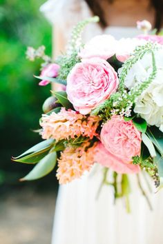 Lush spring bouquet arranged by Il Profumo die Fiori | Photo by Les Amis Photo