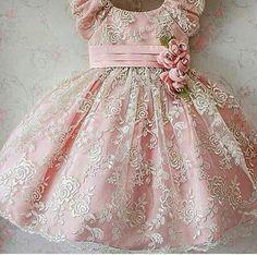 Baby Girl Party Dresses, Little Girl Dresses, Girls Dresses, Flower Girl Dresses, Baby Dress Design, Baby Girl Dress Patterns, Kids Frocks, Frocks For Girls, African Dresses For Kids