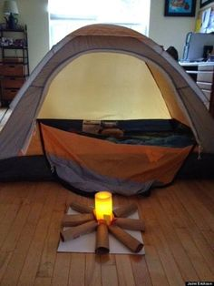30 things to do with kids such as indoor camping - frisbee tic-tac-toe - homemade bubble recipe - DIY coloring case (easy handmade gift) string laser hallway game - how to make a solar oven with a pizza box to roast solar s'mores - night games like glow-in-the-dark bowling, and recipe for home made ice cream - also good for snow days - snowday activities - boy scouts girl scouts - inside stay at home campouts and slumber party activities - camping family reunions