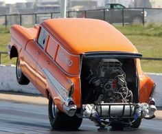 Now that's a station wagon! Classic Hot Rod, Classic Cars, Nhra Drag Racing, Old Race Cars, Street Racing, Vintage Race Car, Drag Cars, Rat Rods, Car Humor