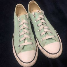 ee84d780e4439f Converse All Star Chuck Taylor Low Top Shoes Womens Size 7 Mens Size 5 Mint
