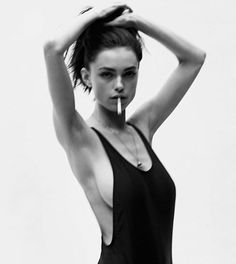 Check out this finest black and white portraits women. Women Smoking, Girl Smoking, Black And White Portraits, Black And White Photography, Rauch Fotografie, Portrait Photography, Fashion Photography, People Photography, Editorial Photography